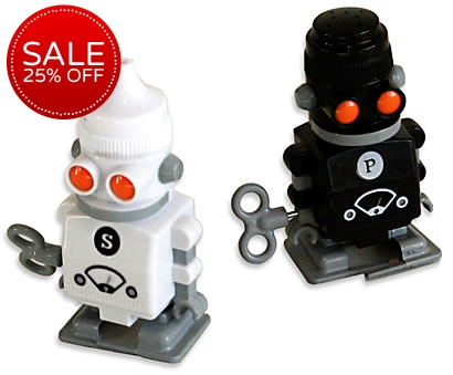 Salt and pepper wind up robots buy from Salt and pepper robots